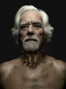 disturbing-photo-series-babak-hosseiny-and-jeffrey-vanhoutte